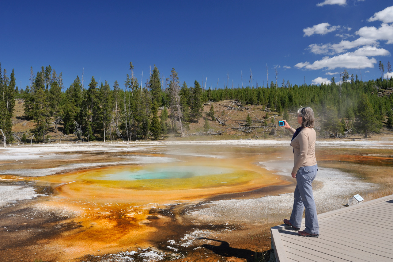 Yellowstone National Park Geyser Trail from Old Faithful to Morning Glory Pool