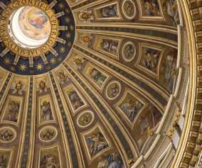 iStock_St-Peters-Basilica