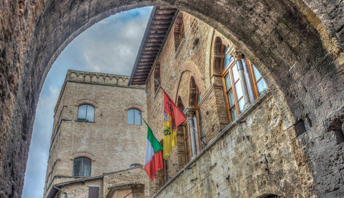 san-gimignano-1075534_1920
