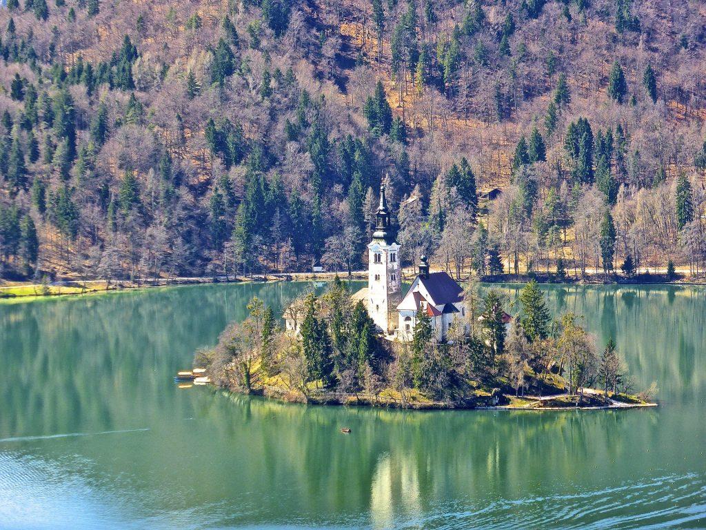 church-606076_1920
